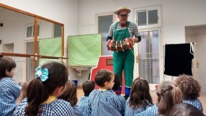 A scene from the play Let's Go to the Farm