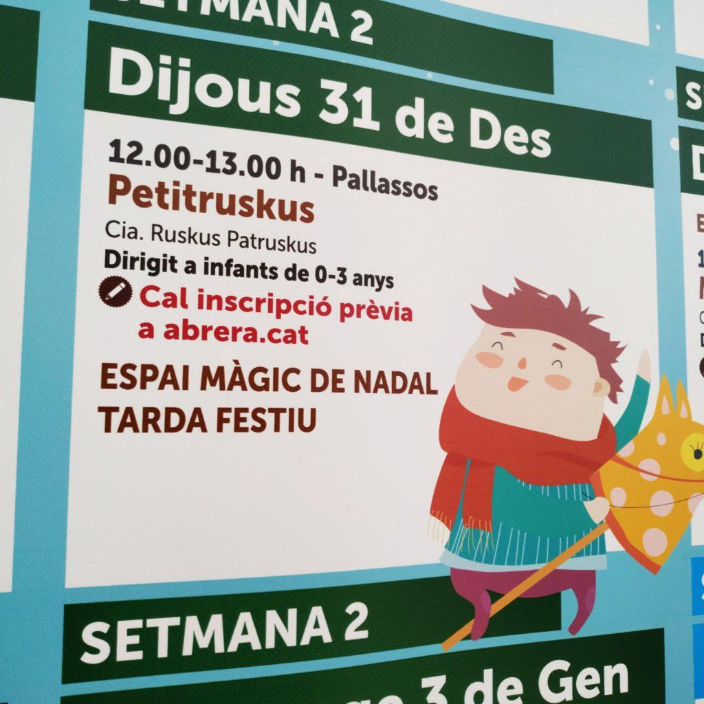 Cartell d'un dels espectacles infantils per a nens i nenes en un parc de Nadal municipal